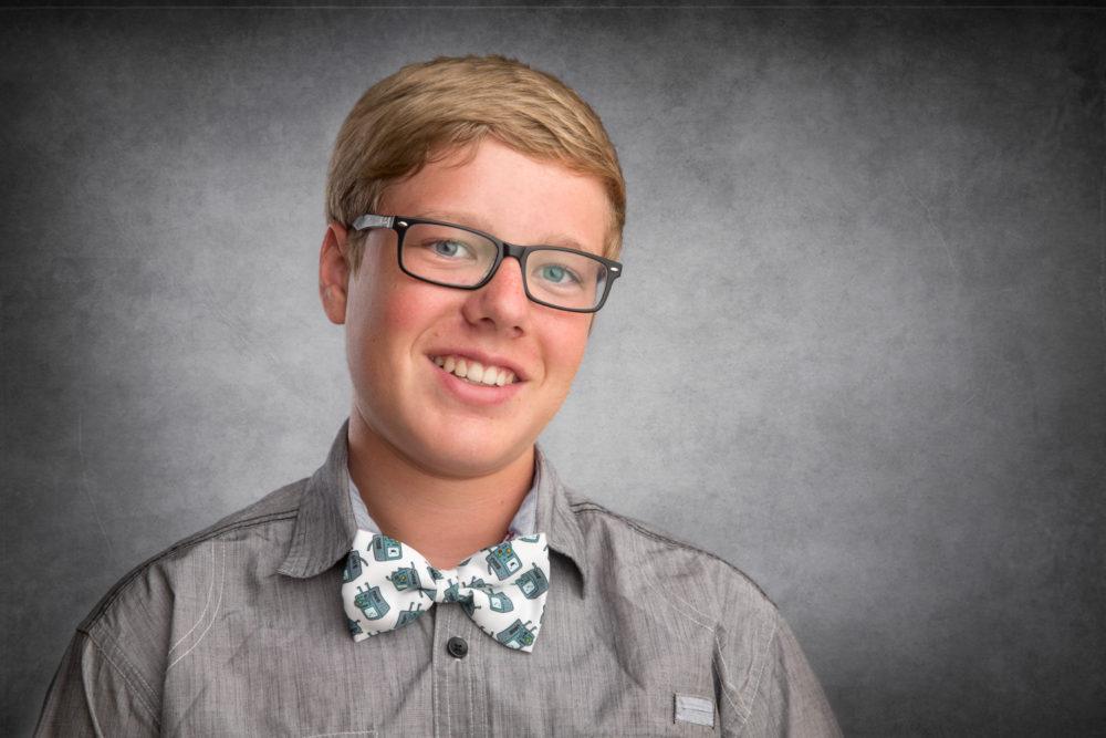 senior photos of a boy